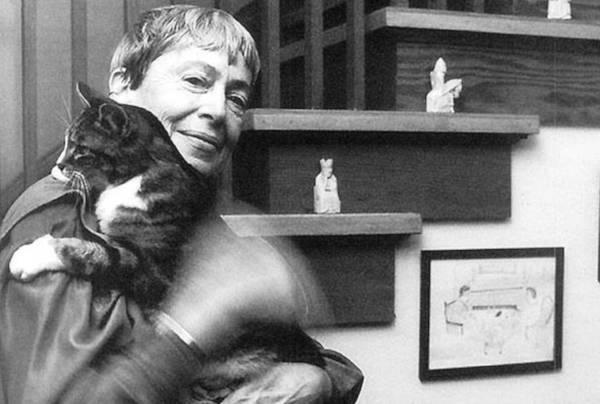 Ursula K. Le Guin z kotem