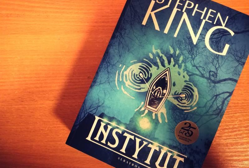 Instytut - zdjęcie książki